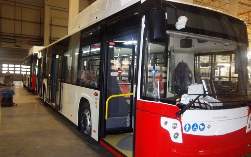Nuovi Autobus (esterno)